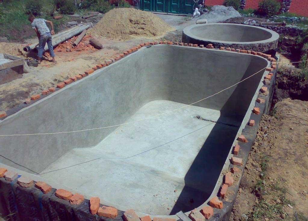Оштукатуривание бассейна по сетке
