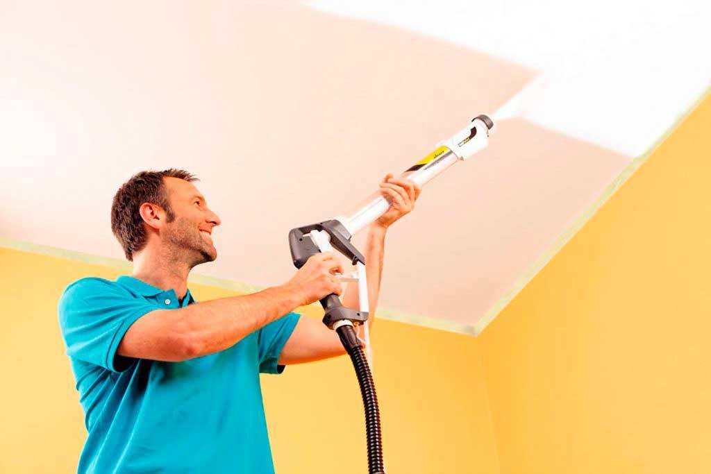Как побелить потолок краской