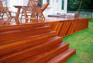 Обработанная деревянная терраса