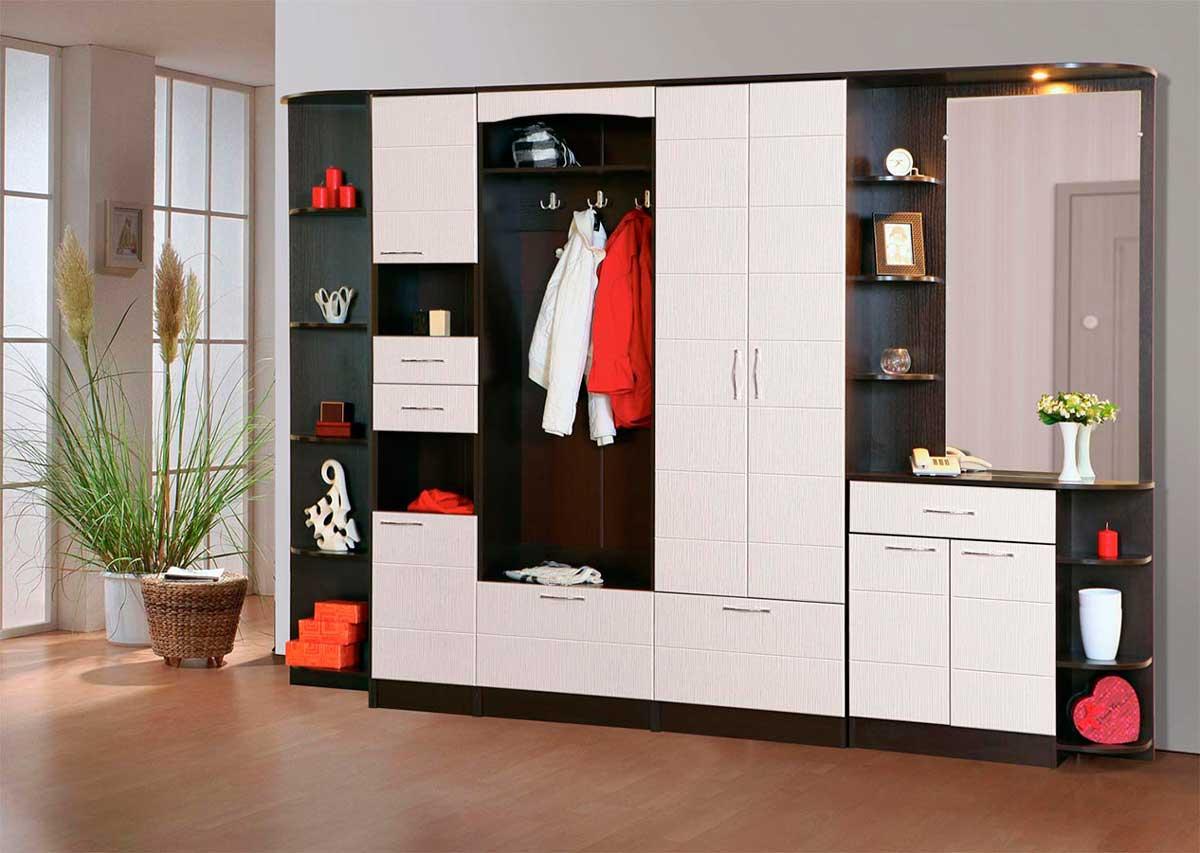Фабричная мебель для прихожей