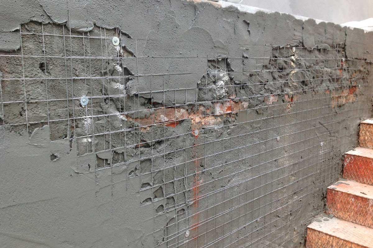 Штукатурить стены по сетке