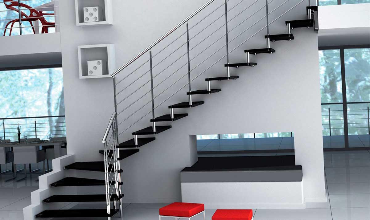 Черное стекло для лестницы