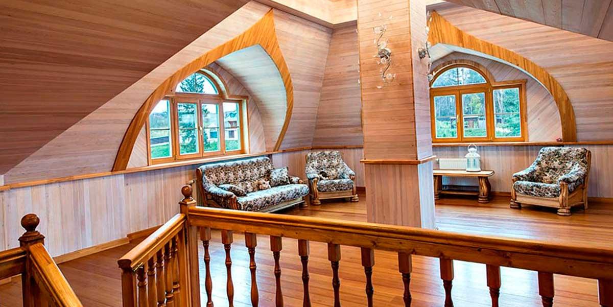 Рубленый дом вид внутри